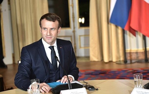 Макрон закликав до ЄС  стратегічного діалогу  з РФ