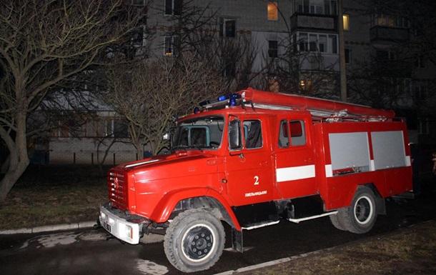 У Хмельницькому пройшла масова евакуація мешканців будинку через пожежу