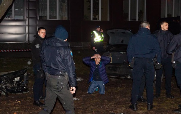 В Днепре водитель сбил трех человек при попытке скрыться от полиции