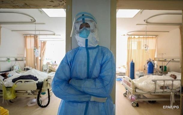 В Ухане от коронавируса умер главврач больницы