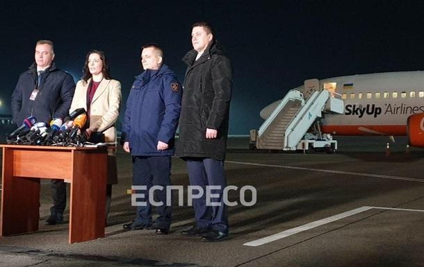Для эвакуированных из Уханя есть три безопасных места - министр