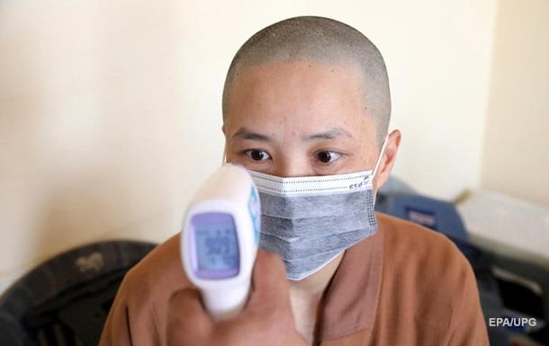 Число жертв коронавируса в Китае возросло