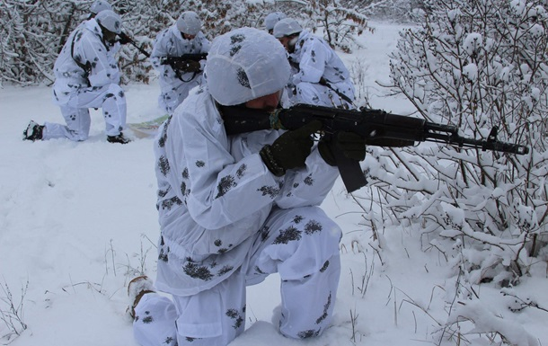 На Донбассе за сутки 22 обстрела, у ВСУ потери