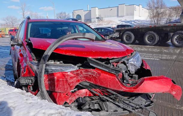 У масовій ДТП з 200 авто в Канаді загинули двоє людей