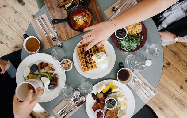 Вкусная пища вредна для мозга - ученые