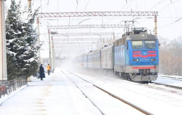 Во Львовской области из-за непогоды задерживаются поезда
