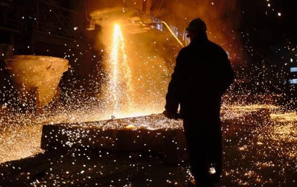 Не стоит латать бюджетные дыры за счет металлургов