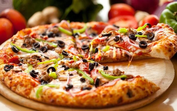 Піцу з рекордною кількістю сирів приготували у Франції: фото, відео
