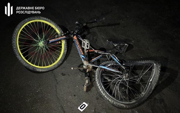 Полицейский насмерть сбил велосипедистку под Хмельницким