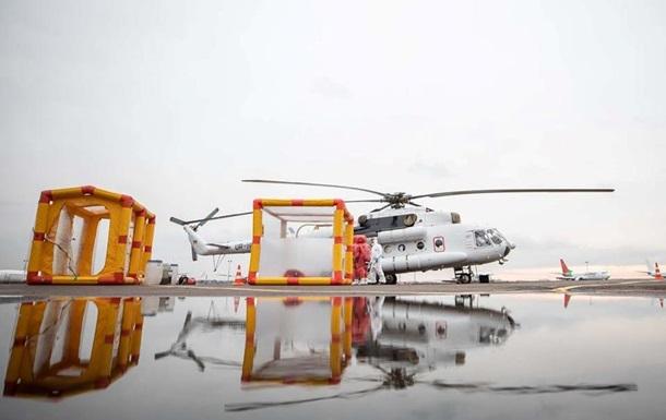 В МВД показали спецвертолет для транспортировки инфицированных