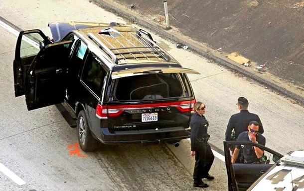 Мужчина угнал катафалк с телом внутри: фото, видео