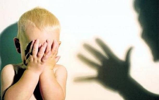 В Херсоне мужчина избил до смерти двухлетнего ребенка сожительницы
