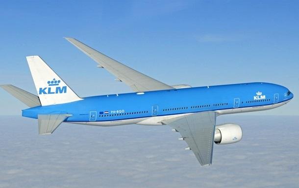 Голуби устроили переполох на борту самолета