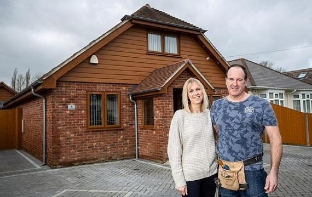 Британец построил дом мечты по видеороликам: фото