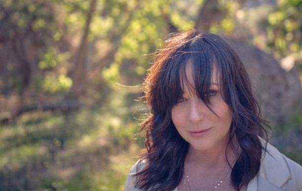 Звезда Беверли-Хиллз рассказала, как живет с раком четвертой стадии