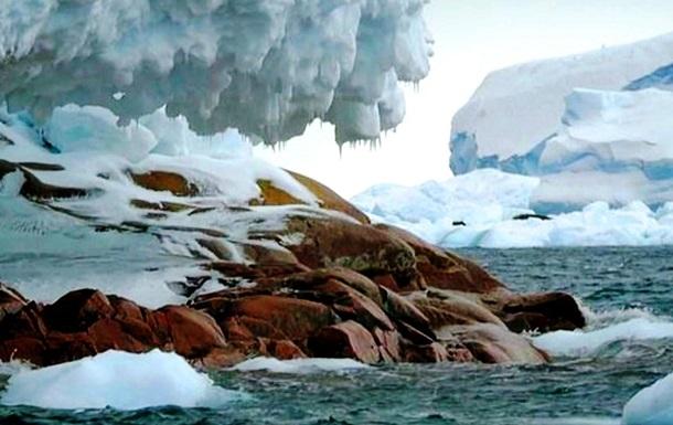 В Антарктиде появился новый остров