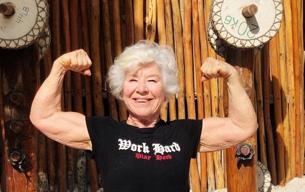 Женщина в 73 года добилась фигуры мечты: фото
