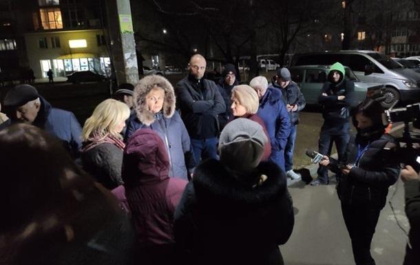 В Черновцах соседи требуют выселения жены зараженного коронавирусом