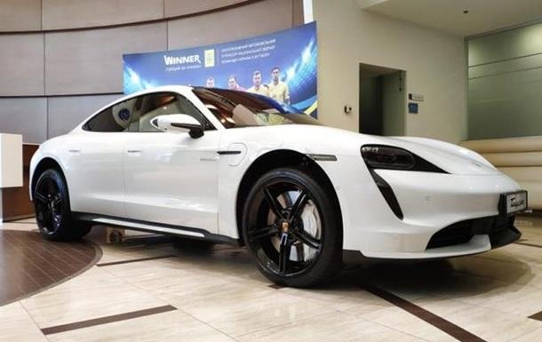 В Україні розкупили електромобілі Porsche ще до презентації