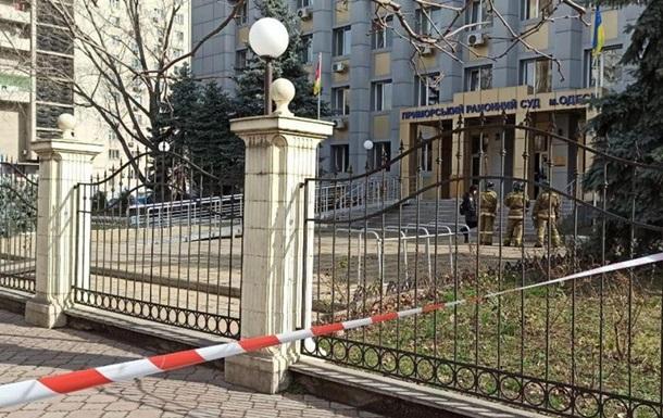 В судах усилят меры безопасности после инцидента с гранатой в Одессе