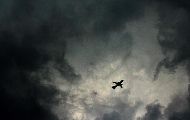 Новий коронавірус вражає галузь авіаперевезень
