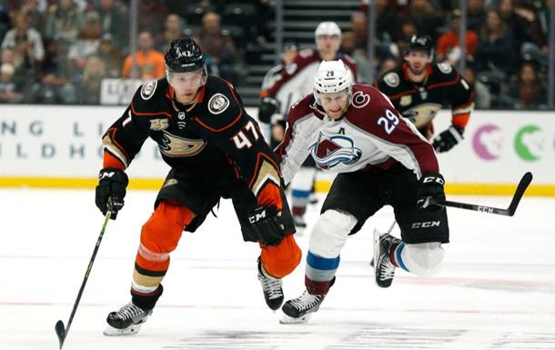 НХЛ: Колорадо уступил Анахайму, очередная победа Филадельфии