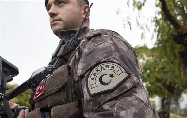 Туреччина скерує тисячу спецназівців на кордон з Грецією