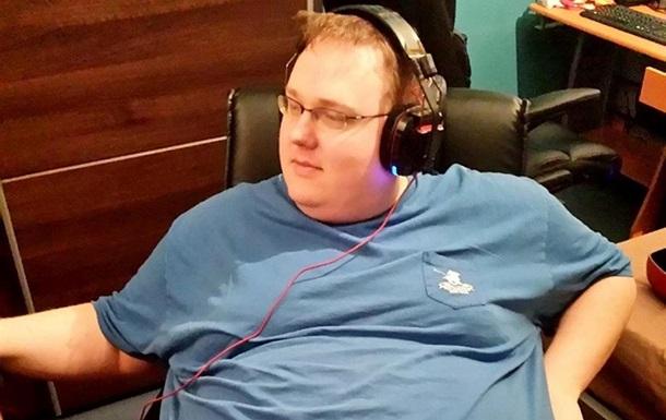 Геймер схуд на центнер і почав допомагати людям