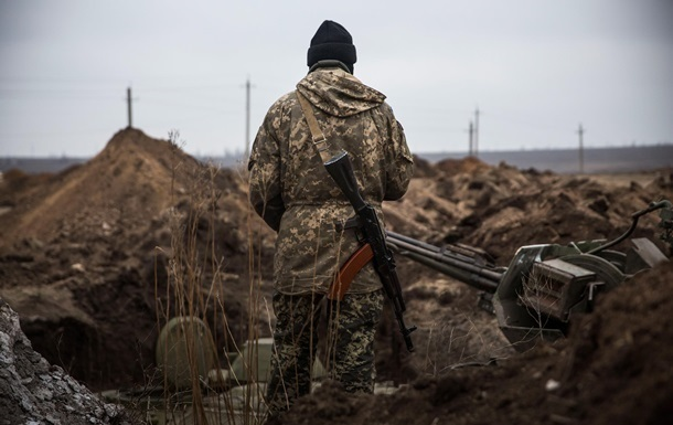 На Донбассе обстреляли зону разведения сил