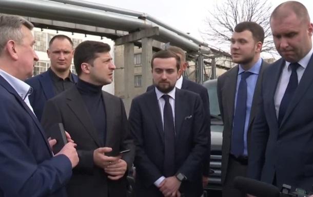 Зеленский заставил министра купить поезда у КВСЗ