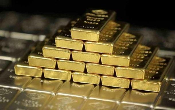 Золото подорожчало до максимуму за сім років