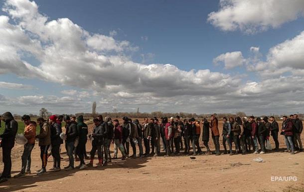 Греция построит два лагеря для мигрантов из Сирии
