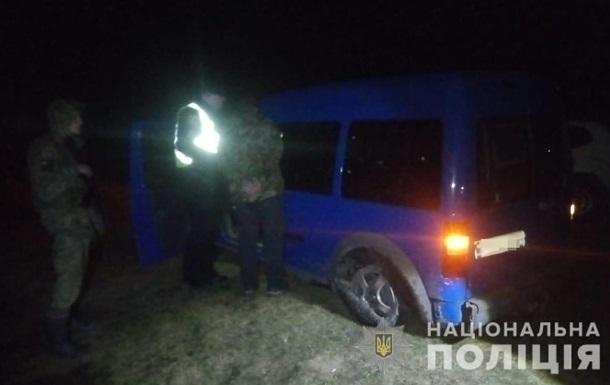 Водитель пытался на машине прорваться через границу с Польшей