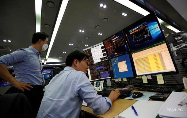 Биржи Азии завершили торги обвалом