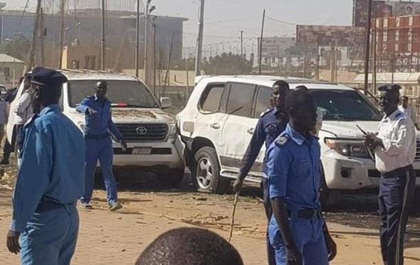 Премьер Судана выжил при подрыве кортежа
