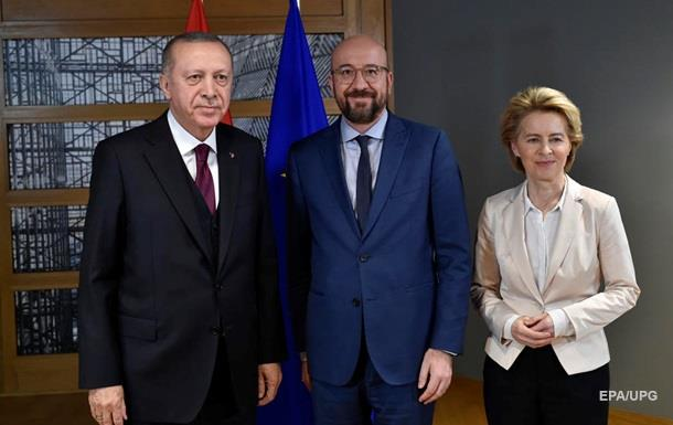 Эрдоган потребовал от НАТО и ЕС поддержки в Сирии
