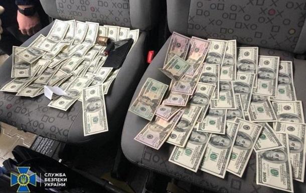 СБУ поймала таможенников-взяточников