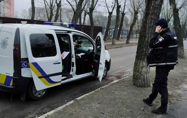 В Киеве вандалы украли из скверов 58 кустов