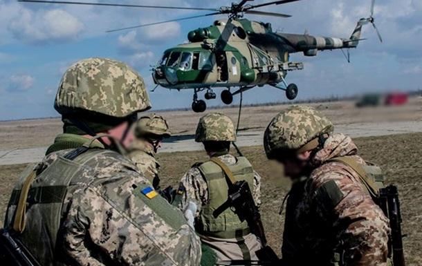 Раненых военных доставили вертолетами в Днепр