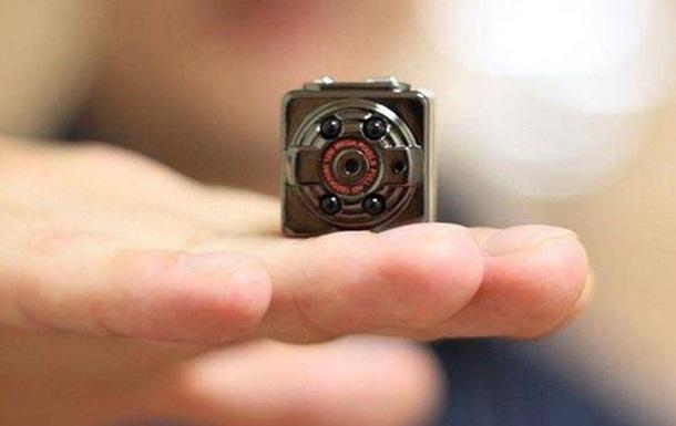 В общежитии Тернополя обнаружили скрытую видеокамеру в женской душевой