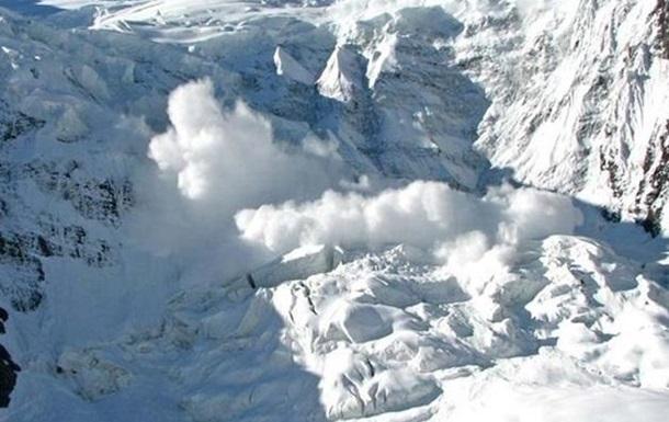 В Пакистане при схождении лавины погибли пять человек