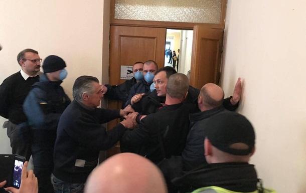 В Кропивницком произошла потасовка в облсовете
