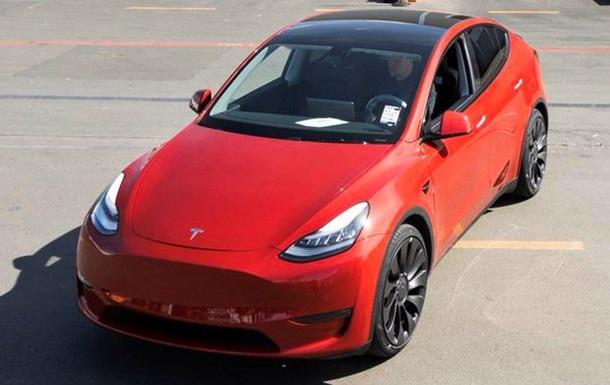 Поставки Tesla Model Y начались на полгода раньше: фото