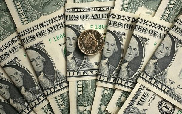 НБУ витратив мільярд доларів на підтримку гривні