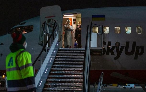 У эвакуированных из Италии нет COVID-19 − Минздрав