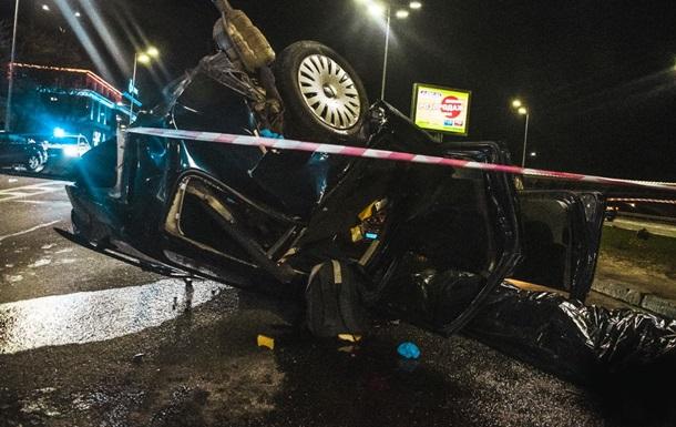 У Києві біля мосту Метро сталася смертельна ДТП
