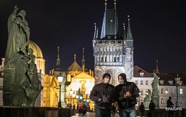 У Чехії почали закривати міста через коронавірус