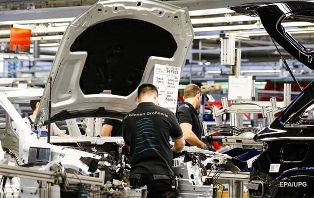 В Европе останавливается производство автомобилей