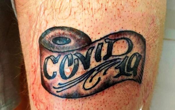 В сети показали посвященные COVID-19 татуировки: фото