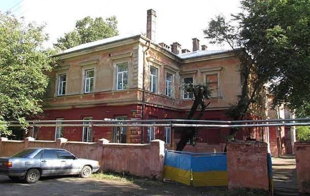 Смерть 33-летней женщины от коронавируса в Черновцах: родные обвиняют врачей